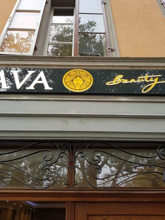 Pediküre & Fusspflege mit Spa Behandlung in Winterthur - NAAVA